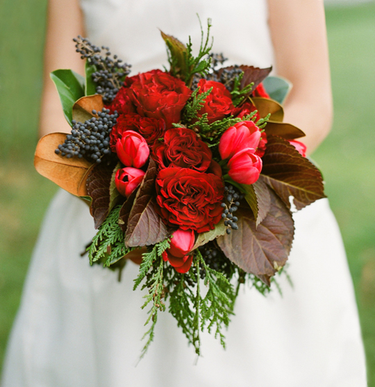 Christmas Wedding Bouquets And Flowers: The Christmas Bouquet